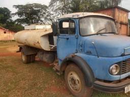 Caminhão pipa 1973