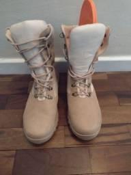 Bota estilo exército  americano número 43