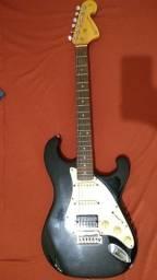 Guitarra Giannini e Capa protetora