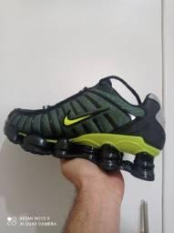 Nike Shox 12 molas primeira linha verde