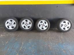 Rodas com pneus aro 14 Fiat