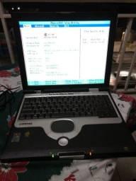 Notebook Compaq Evo N1020v funcionando