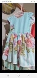 Vestido semi novo usado apenas 1 vez tamanho 1 ano