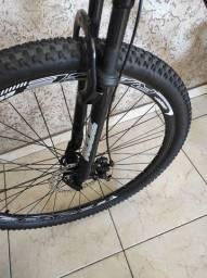 Bicicleta GTA aro 29 freio a disco