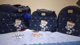 Título do anúncio: Vendo kit de bolsas por 80 reais