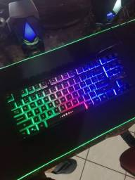 Teclado Semi Mecanico Gamer RGB Abnt 2 Computador Luminoso M880 - Entregamos