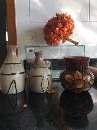 3 vasos decorativos novos 30 reais