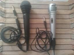 2 Microfones: 30 reais cada