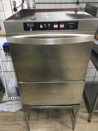 Maquina de lavar louças prática