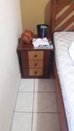 Vendo tudo móveis de madeira maciça