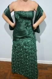 Vestido de festa/madrinha verde bordado, tamanho 40