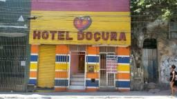 Vende-se hotel na calçada ou aluga se