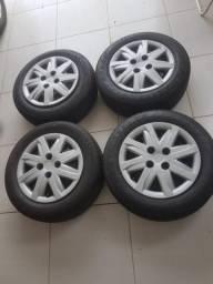 Jogo de Rodas AÇO aro 14 com pneus novos