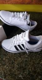 """Sapato Adidas original, """"novo"""" na caixa"""