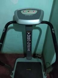 Uma máquina de com todos os exercícios