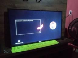 Vendo essa TV 43 smart TCL semi nova