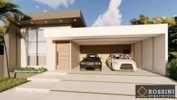 Excelente casa nascente em condomínio de 3 quartos com suíte no Parque Rodoviário