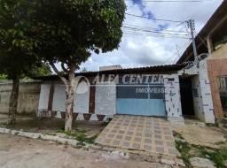 Casa com 3 dormitórios à venda, 388 m² por R$ 350.000 - Jardim Novo Mundo - Goiânia/GO
