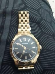Vende-se relógio mondaine original semi novo baratinho