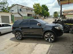 Vendo ou troco em carro!!! aro 22 pneus bons