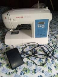 Máquina de costura ( SINGER )