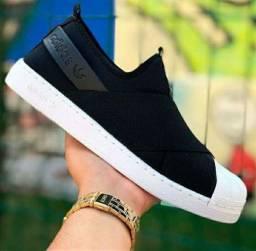 Tênis casual adidas slip on preto