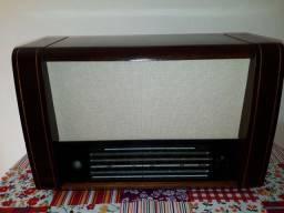 Rádio a Válvula Siemens Belcanto década  50