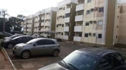 Alugo Apartamento com 2 quartos e Mobilhado - Vilas do Madeira