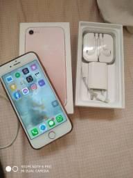 Vendo ou troco iPhone 7 ouro rosa 128 GB