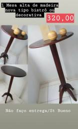 1 Mesa alta de madeira tipo bistro ou de canto decorativa