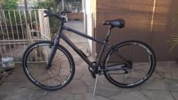 Bicicleta Elleven Ville 700 (híbrida)