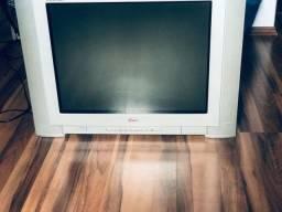 Televisão 29 tela plana