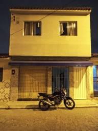 Vende-se casa no São Jorge