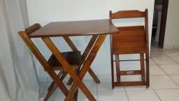 Mesa + 2 cadeiras madeira, modelo retrô, bar, lanchonete, área de lazer, aceito cartão