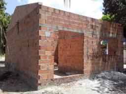 Vendo ou troco terreno com construção em Castanhal