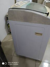 Maquina de lavar consul usada.