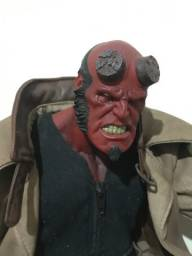 Action figure hellboy mezco 2004 original 1/6