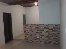 Casa 2 dormitórios no centro de Ribeirão Pires