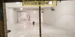 Alugo imóvel na rua Marechal Floriano próximo a Lojas Americana e Honda