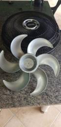 Grades do ventilador Arno erece capa do motor