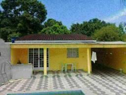 Casa Linda no Lirio do Vale I com Piscina e Terreno.