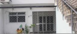 Alugo casa em Santo Amaro, 3 quartos, 2 banheiros