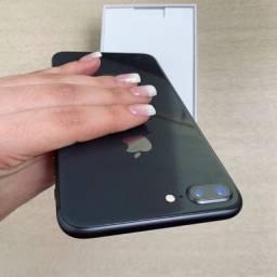 iPhone 8 Plus 64g Black. Única dona. Lacrado nunca teve reparo.