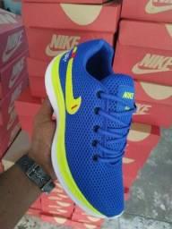 Vendo tênis nike air e adidas boots ( 115 com entrega)