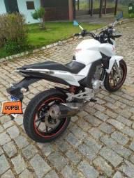 Moto Twister nova, raridade!