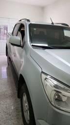 Vendo s10 lt 2013 4x4 a mais nova do Nordeste .