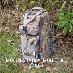 Mochila tática (Sistema MOLLE)