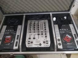 Vendo par de cdjs mais Mixer com todos os cabos e fone por 1500