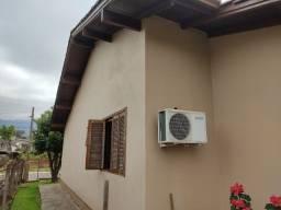 Título do anúncio: Duas Casas no Centro bom preço Nova Hartz