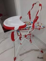 Título do anúncio: Cadeira de Limentacao + carrinho.